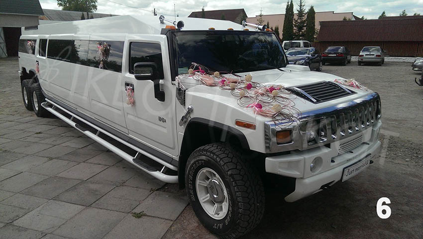 6-Zamoviti-vibrati-limuzin-Hamer-3-visi-z-litnim-maydanchikom-na-vesillya-Rivne-Lutsk-Ternopil-Lviv